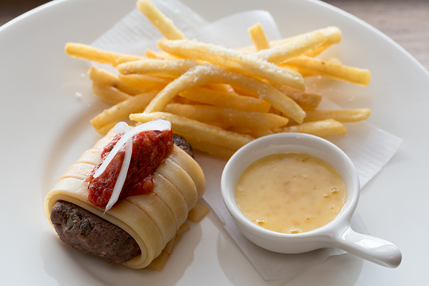 Wagyuu beefburger wrapped in fettucine at Ta Pantry
